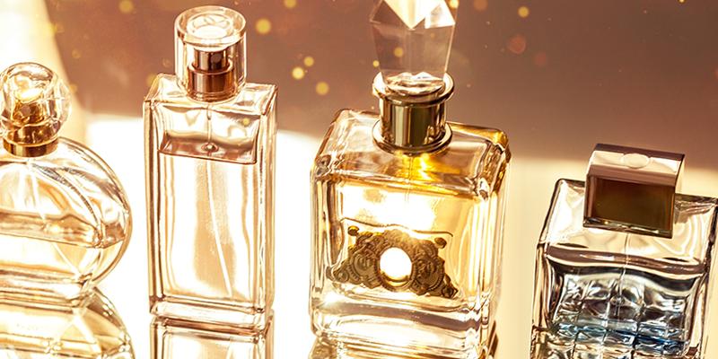 冬のイベントシーズンの恋の強い味方♡これぞ、魅惑的にモテる香水 9選